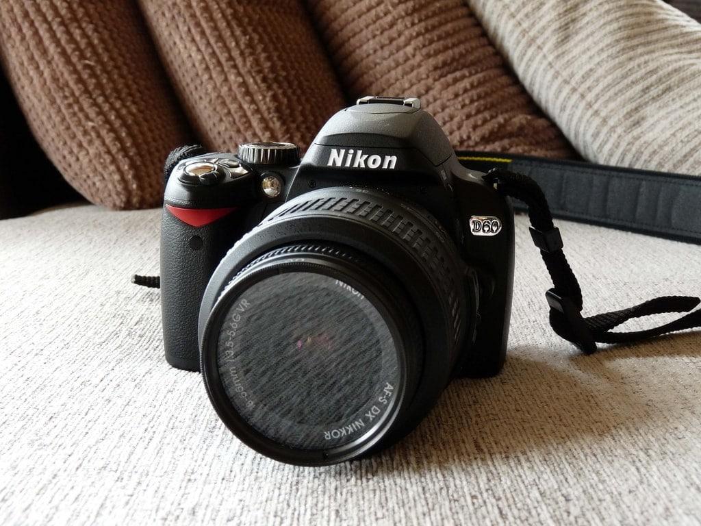 Nikon D60: Ventajas y Características