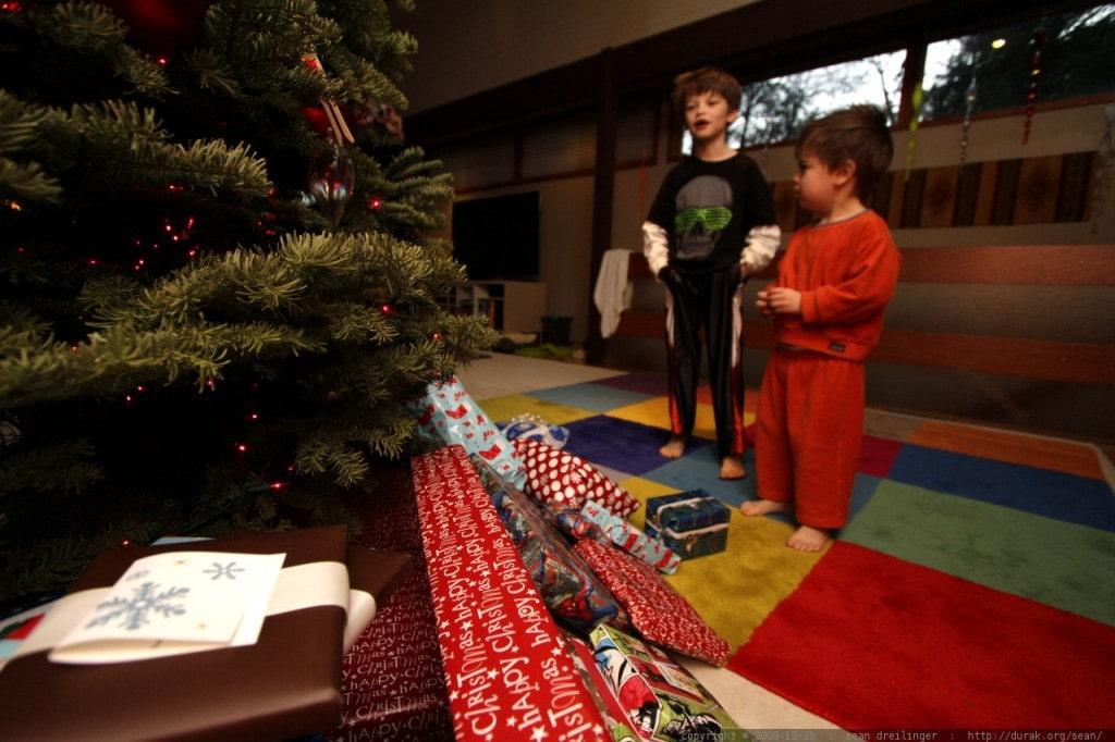 Abriendo regalos