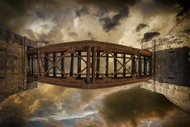 Puente visto desde abajo