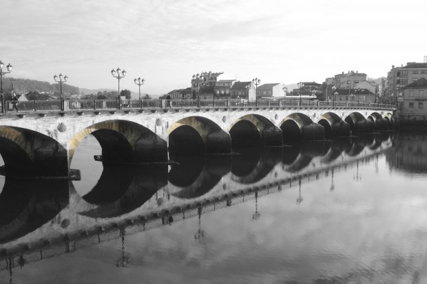 Puente del Burgo über den Lérez in Pontevedra