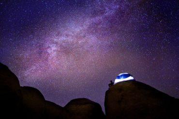 Cielo estrellado con Vía Láctea