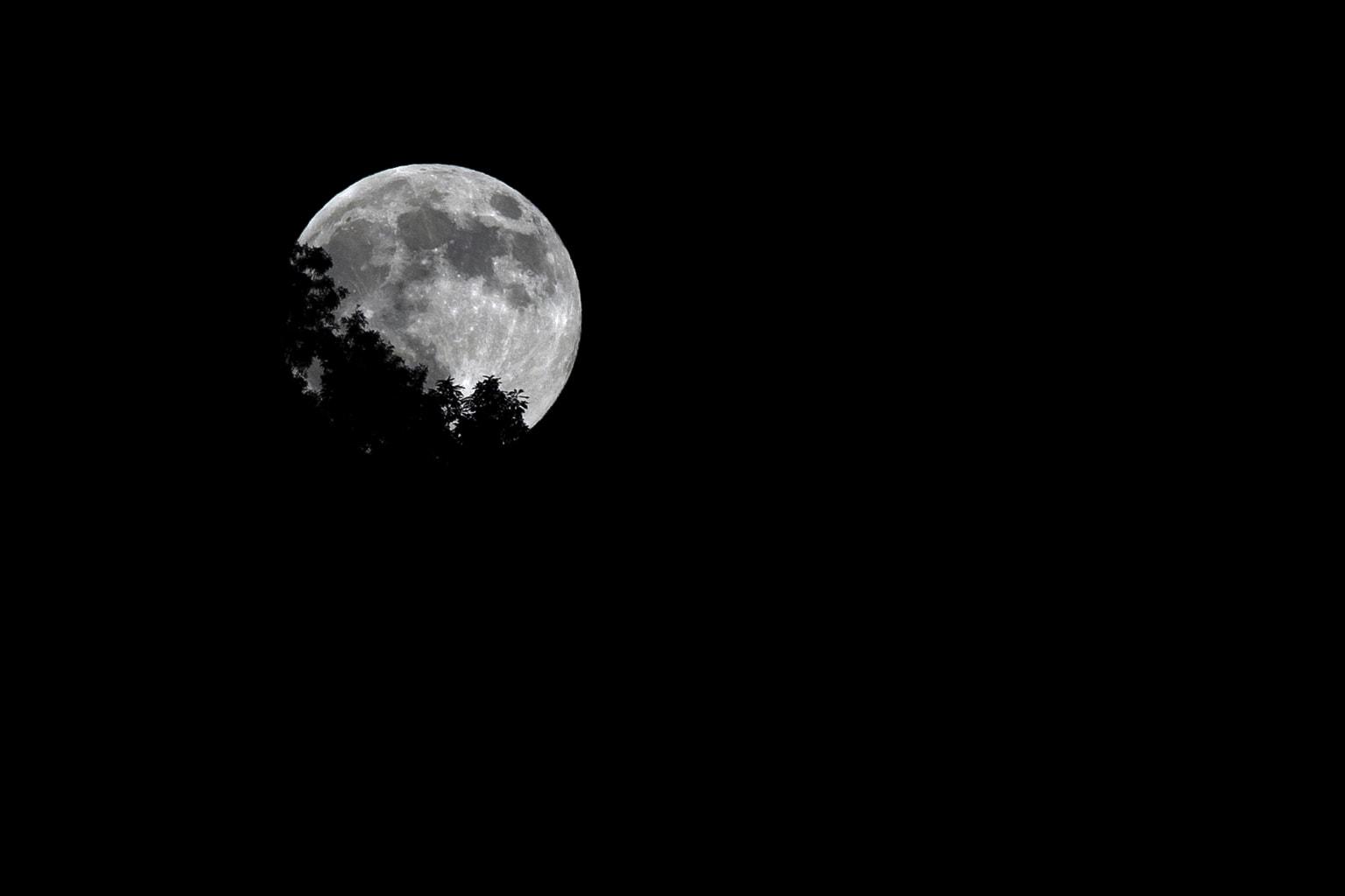 La luna de Jason OX4