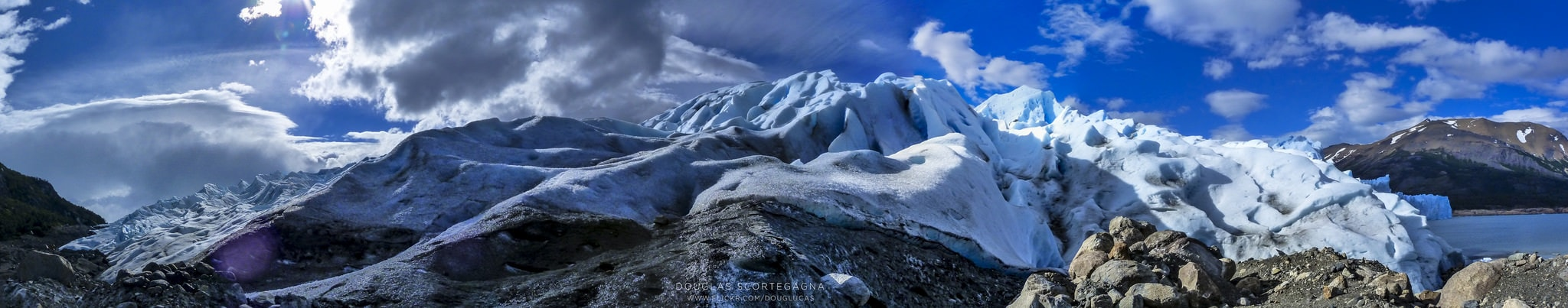Panorámica de montaña nevada