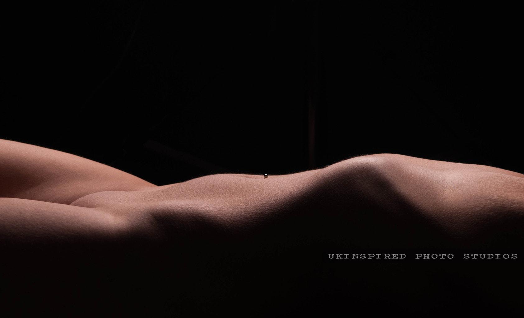 Desnudo en color