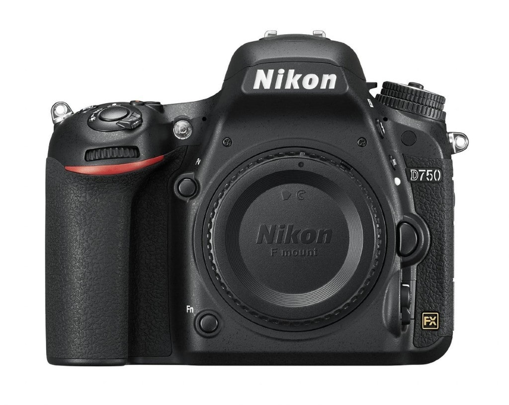 vista frontal de la cámara full frame para fotografía nocturna Nikon D750