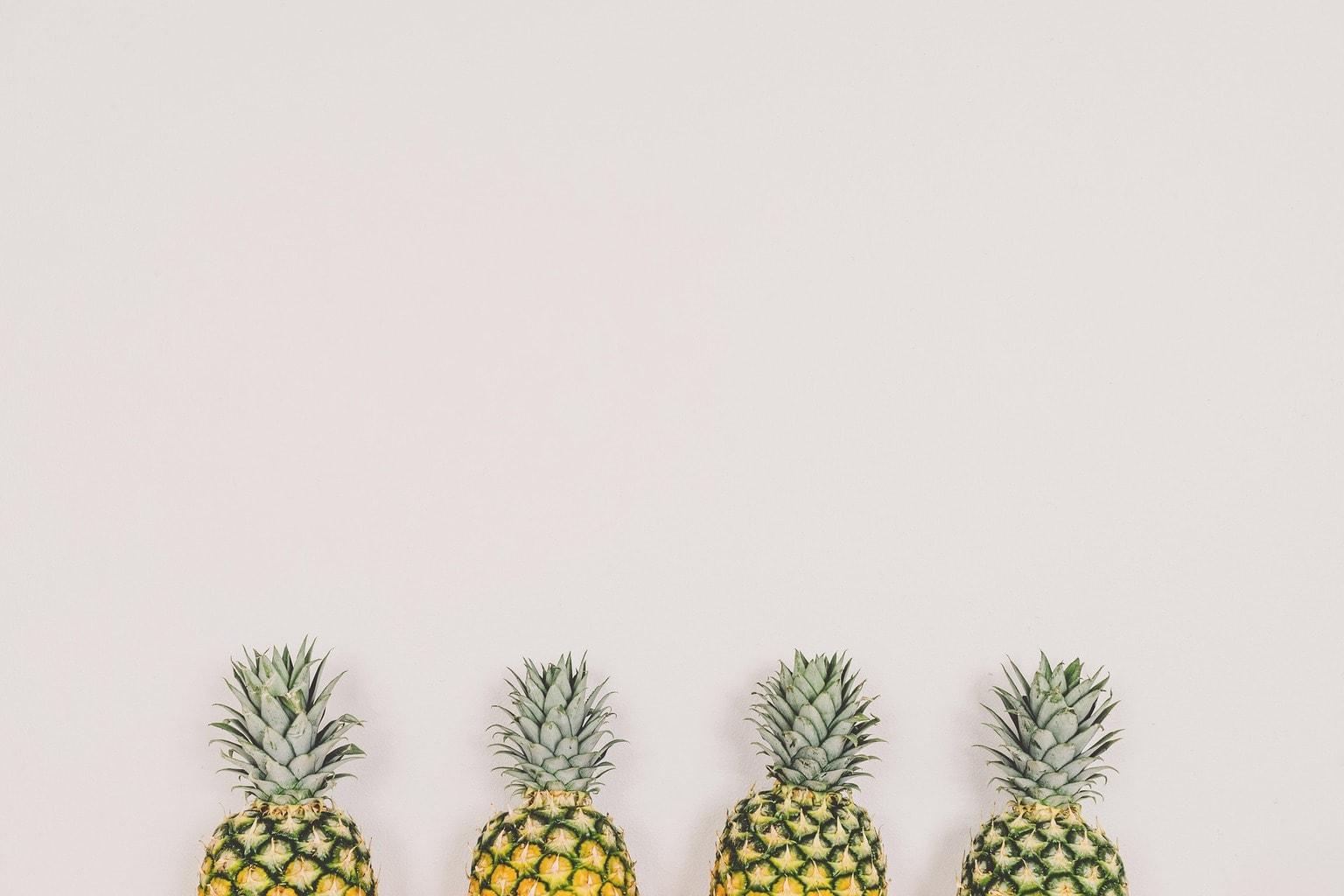 pineapples-1606852_1920-1