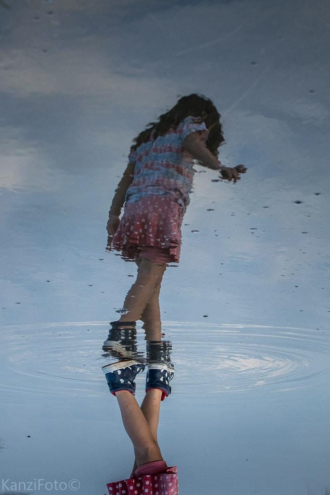 E. Linares_Paseando sobre el agua