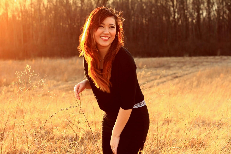 Fotografía chica con luz natural
