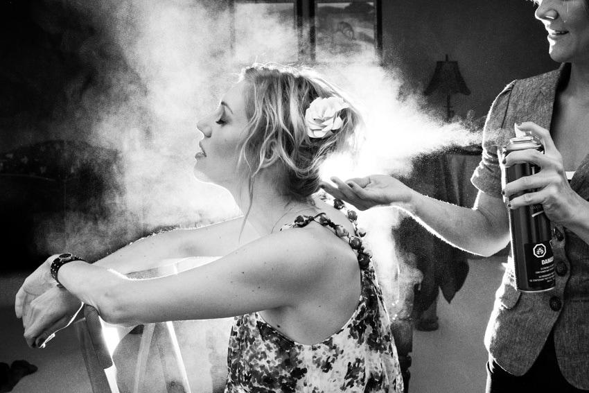 fotografía mujer condicionando el pelo Kathryn Krueger