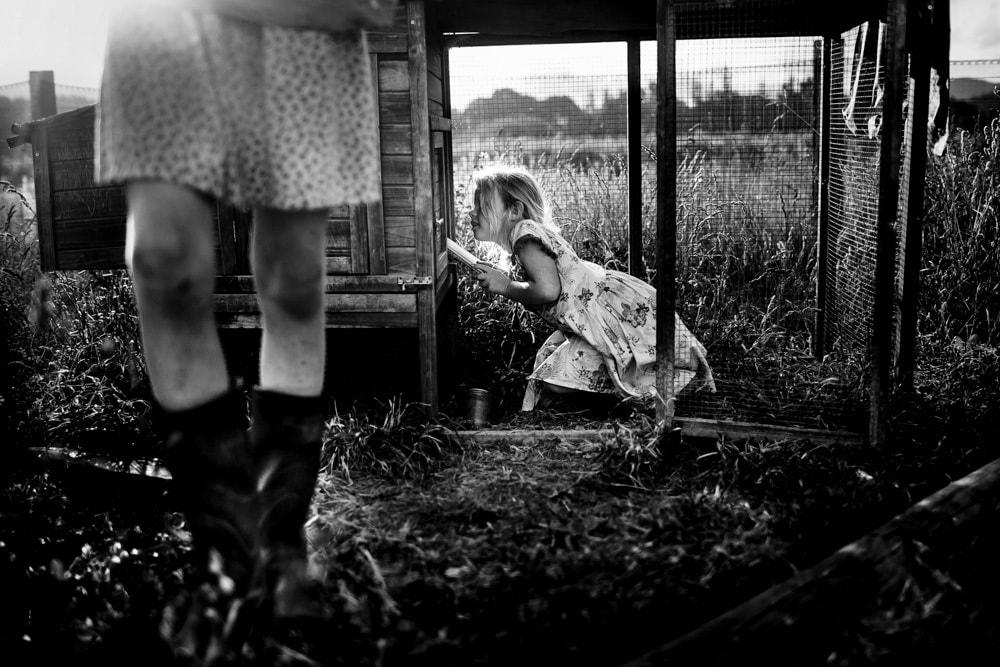 fotografía niña jugando Niki Boon