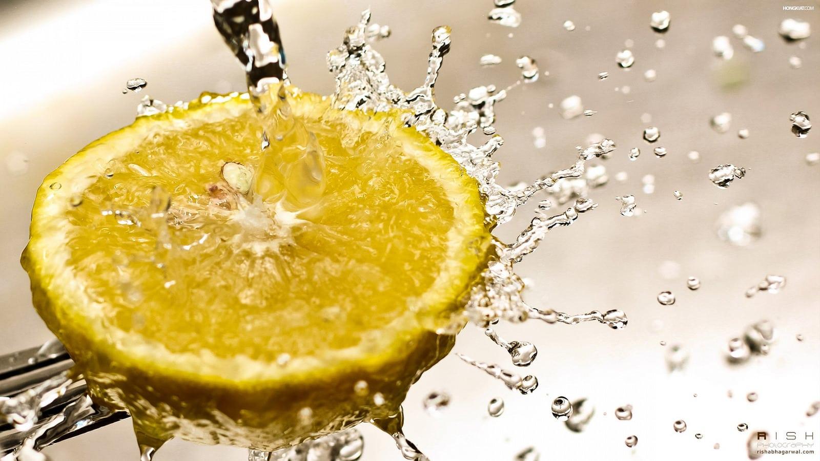fotogarfía culinaria de un limón