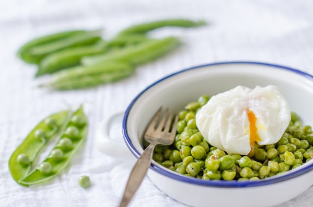 fotografía gastronómica de Chícharos con huevo