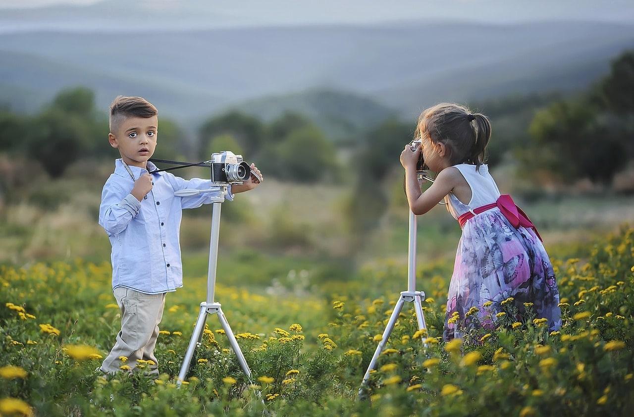 fotografía niños tomando fotos