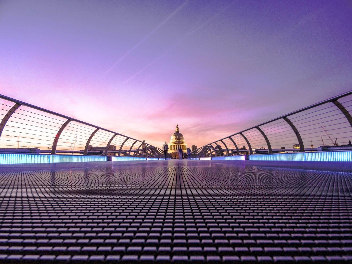 fotografía arquitectura millenium bridge