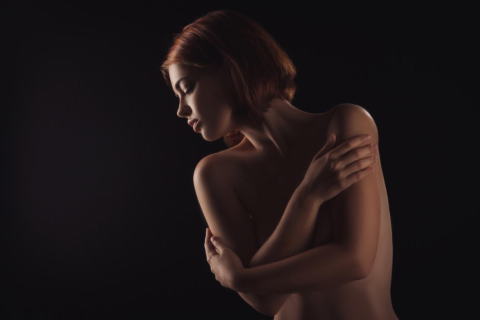 fotografía retrato de una modelo desnuda