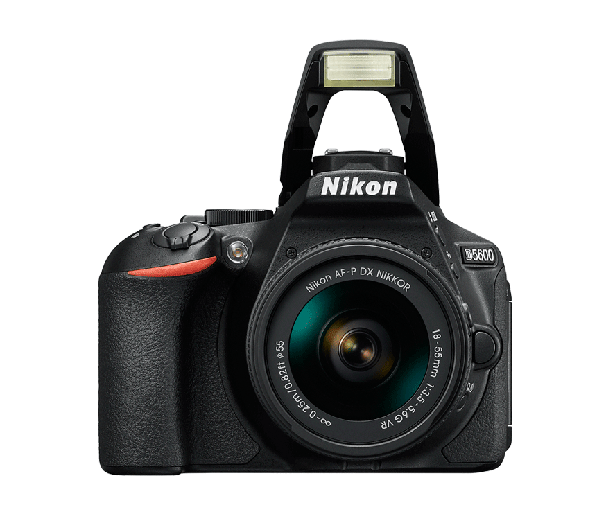 fotografía frontal de cámara réflex Nikon D5600