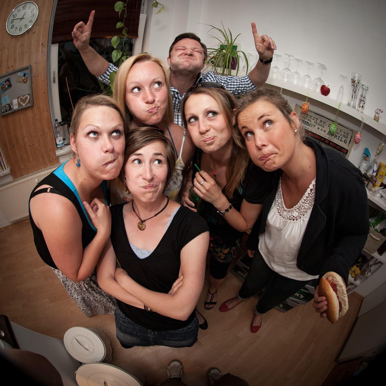 fotografía grupo de amigas con objetivo ojo de pez