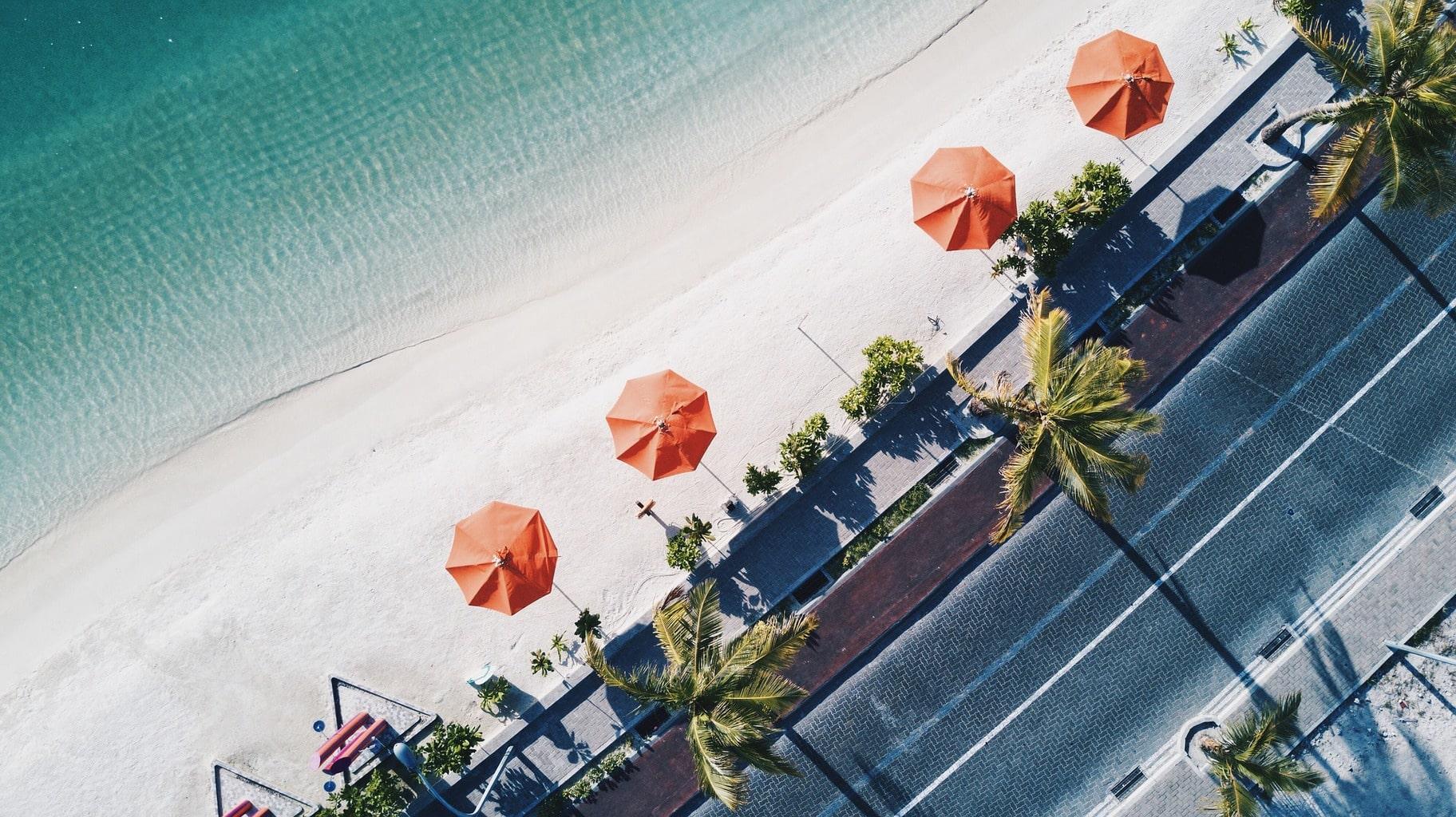 fotografía aérea de una playa