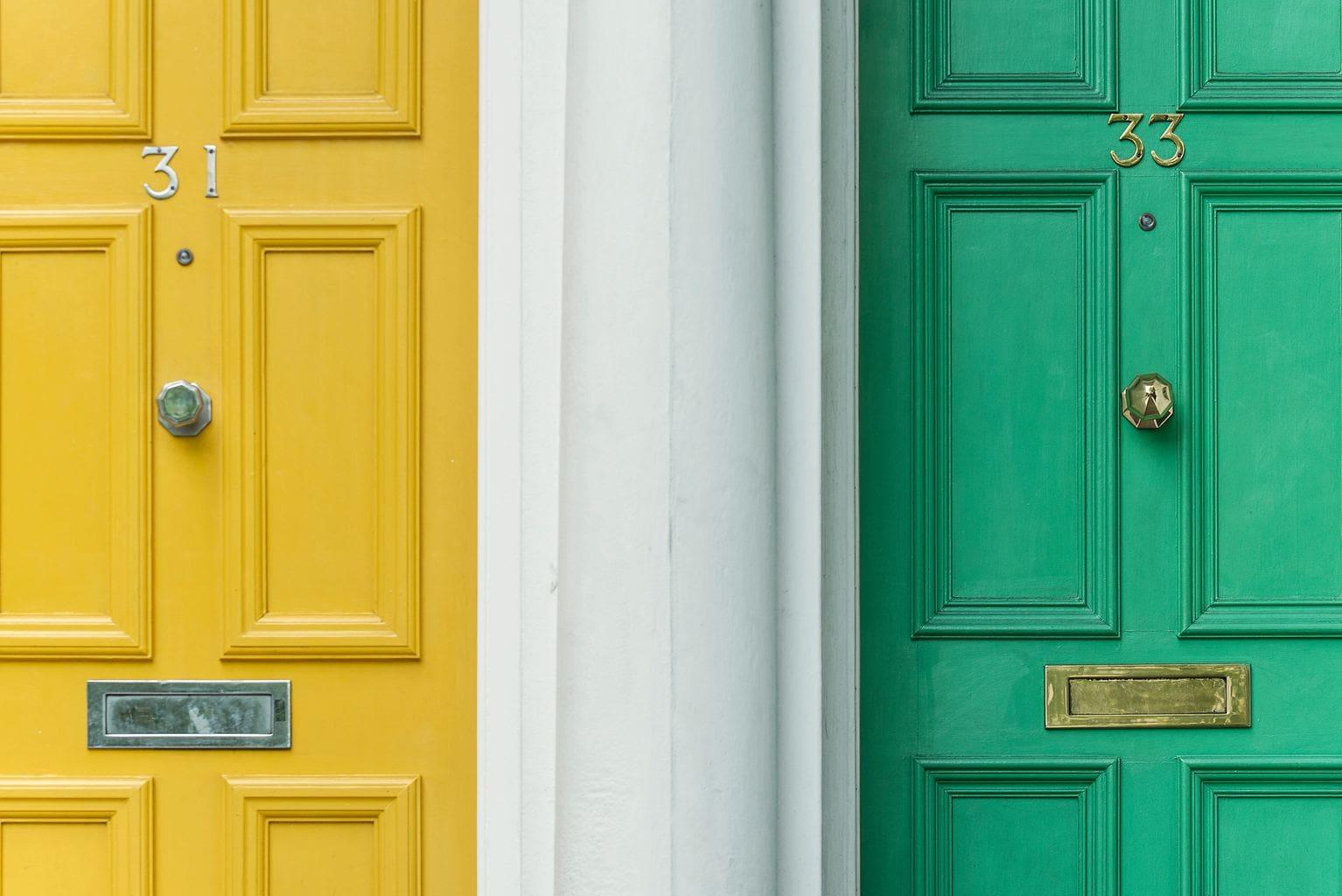fotografía minimalista puertas