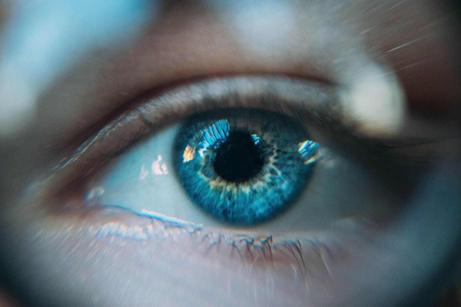 fotografía creativa de un ojo azul