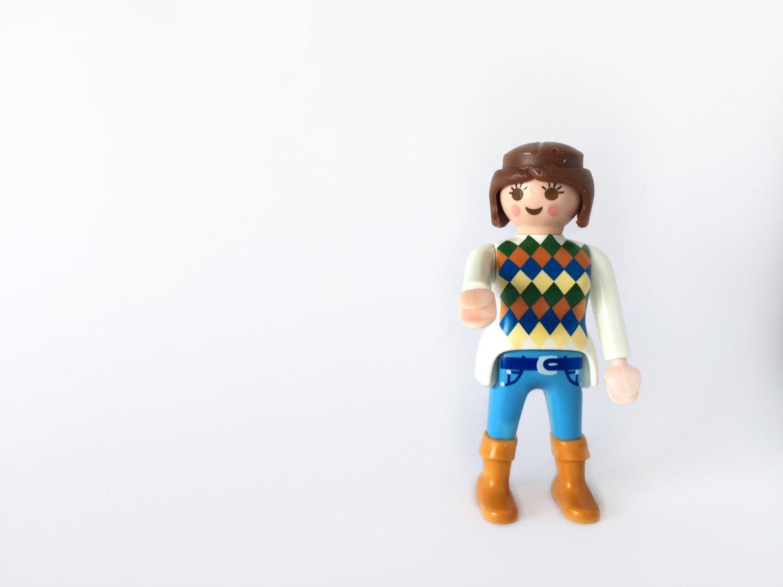 fotografía muñeco lego en clave alta