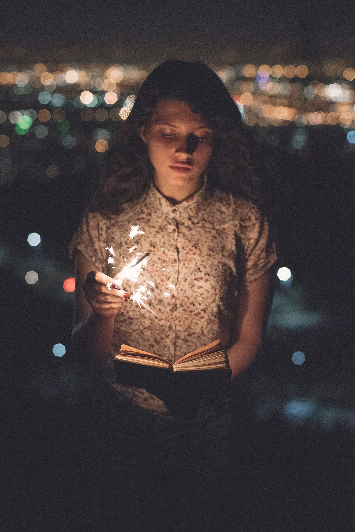 Retrato nocturno con chispa