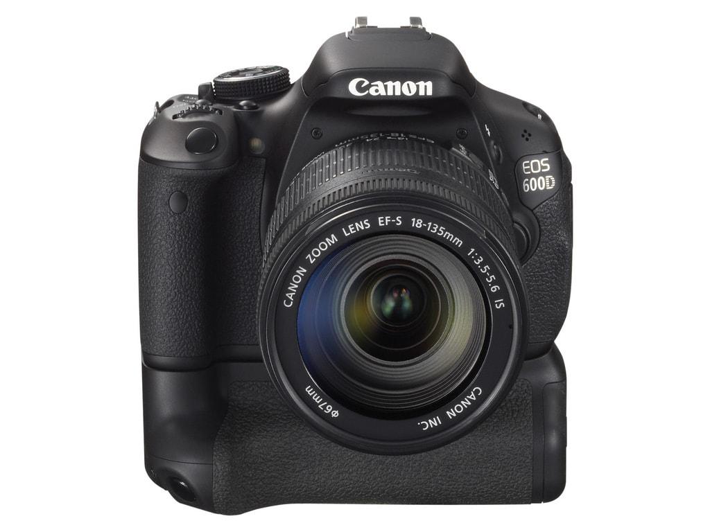 Canon EOS 600D con empuñadura