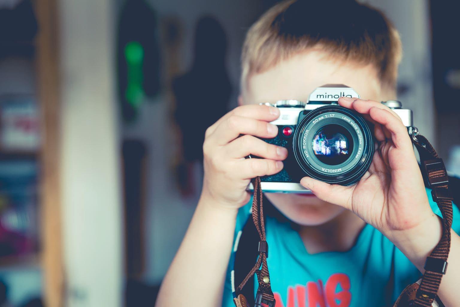 retrato de un niño con una Minolta
