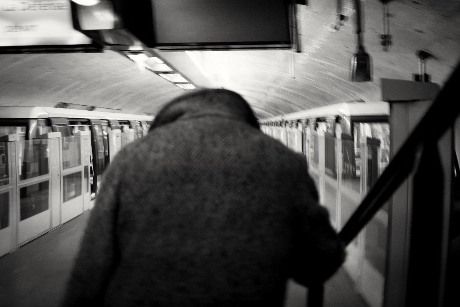 Fotografía un hombre en el Metro