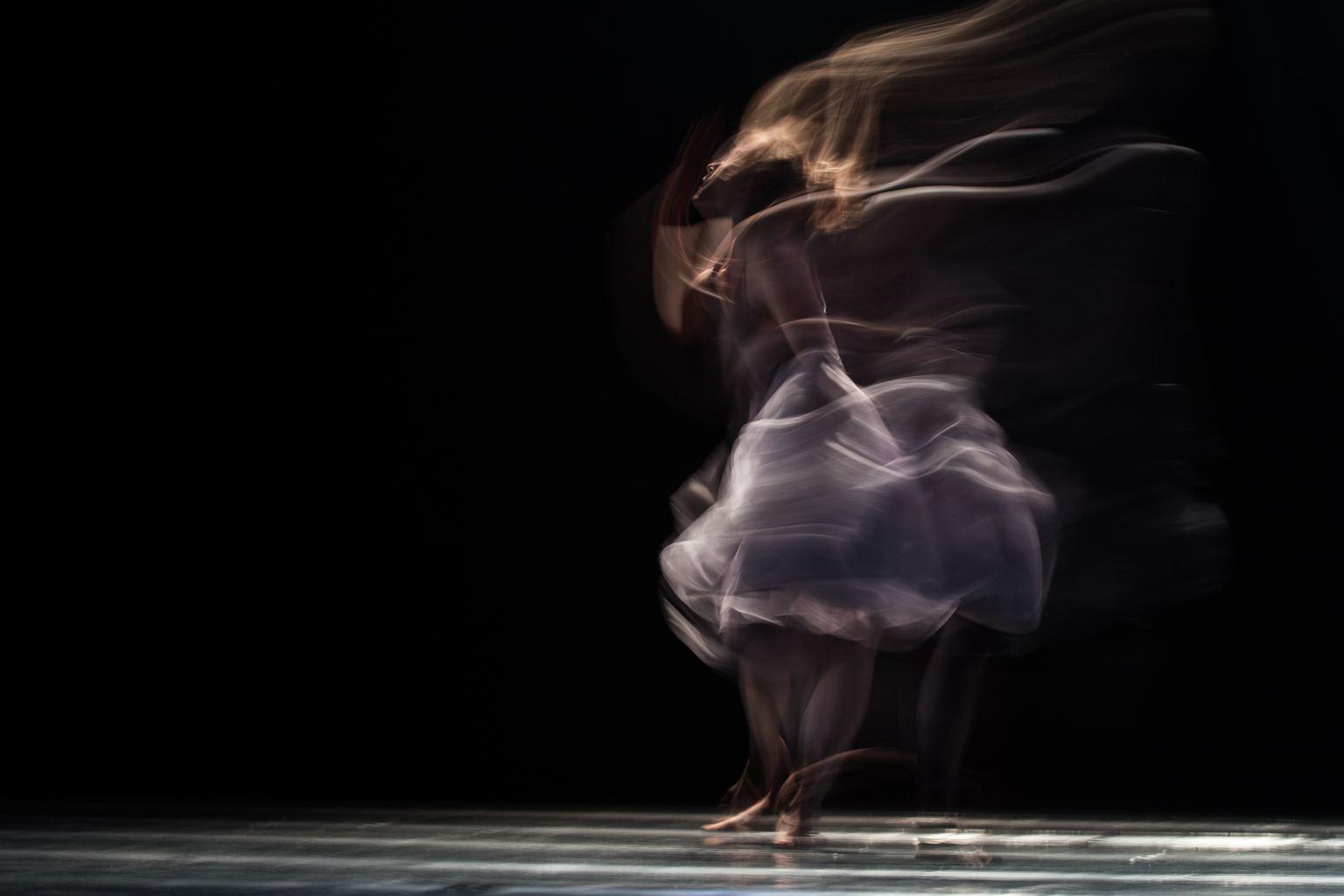 bailarina en movimiento