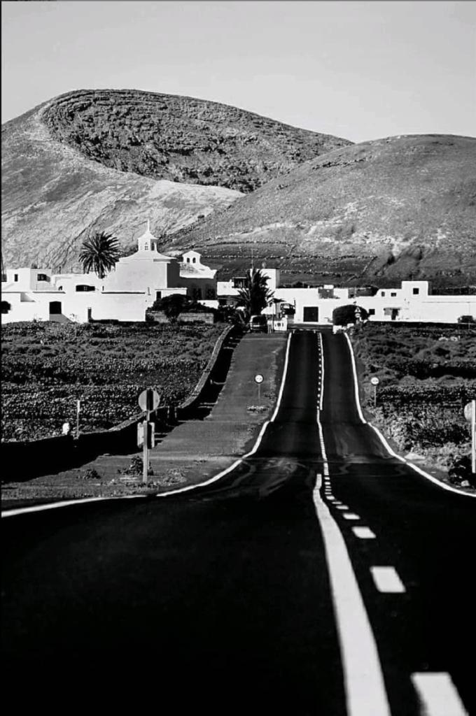 Carretera en punto de fuga