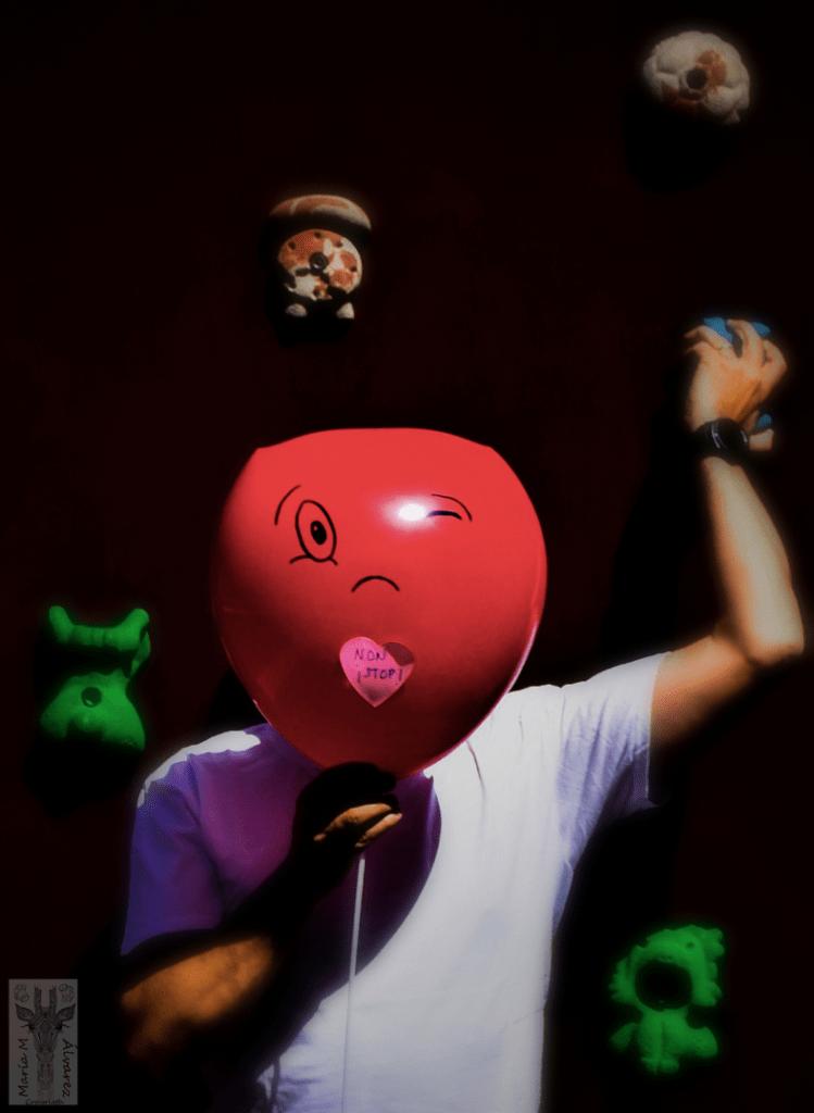 Retrato con globo como emoticono