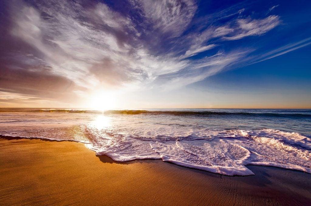 paisaje playa  luz