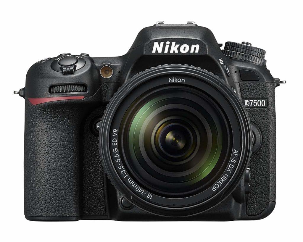frontal Nikon d7500