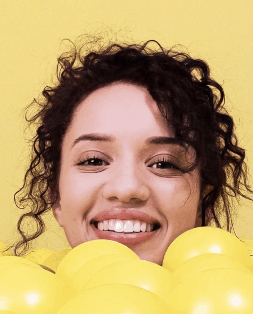 retrato chica amarillo pixel 3xl