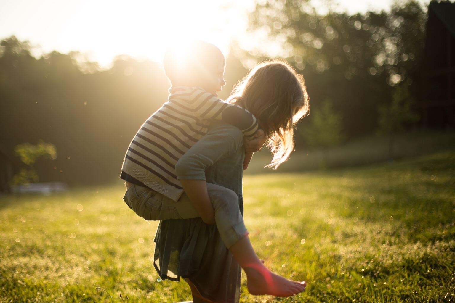 niños luz viaje