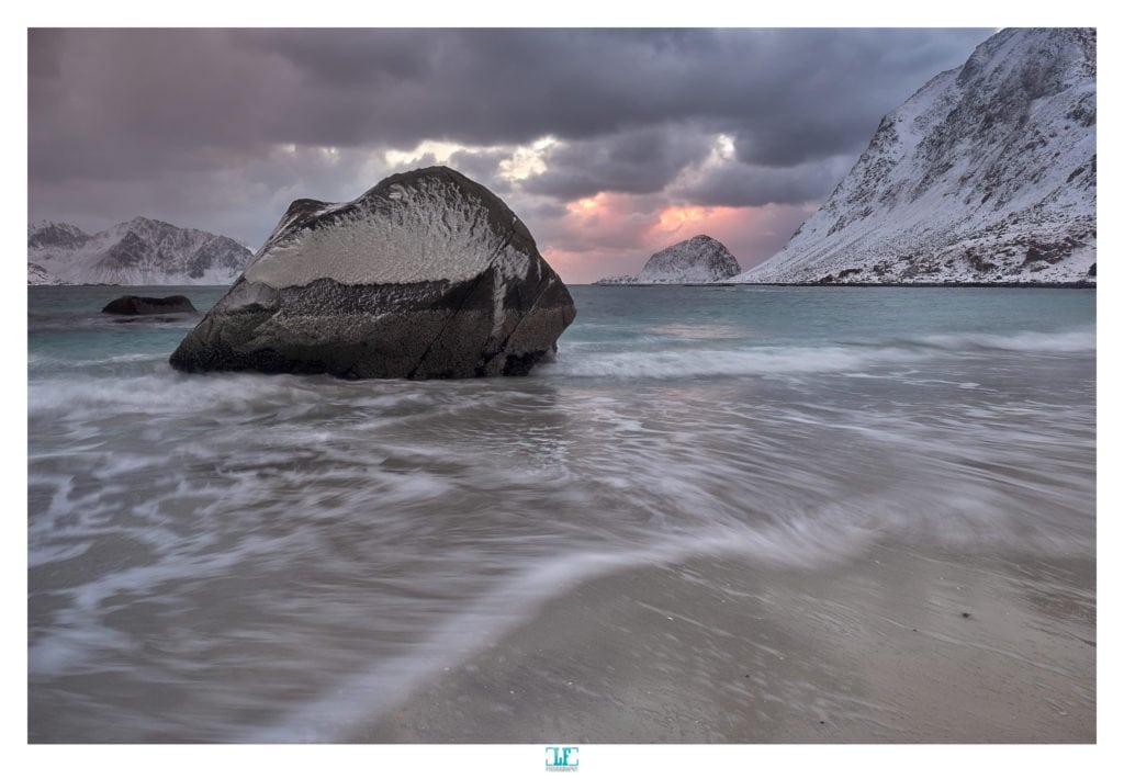 Playa con agua sedosa