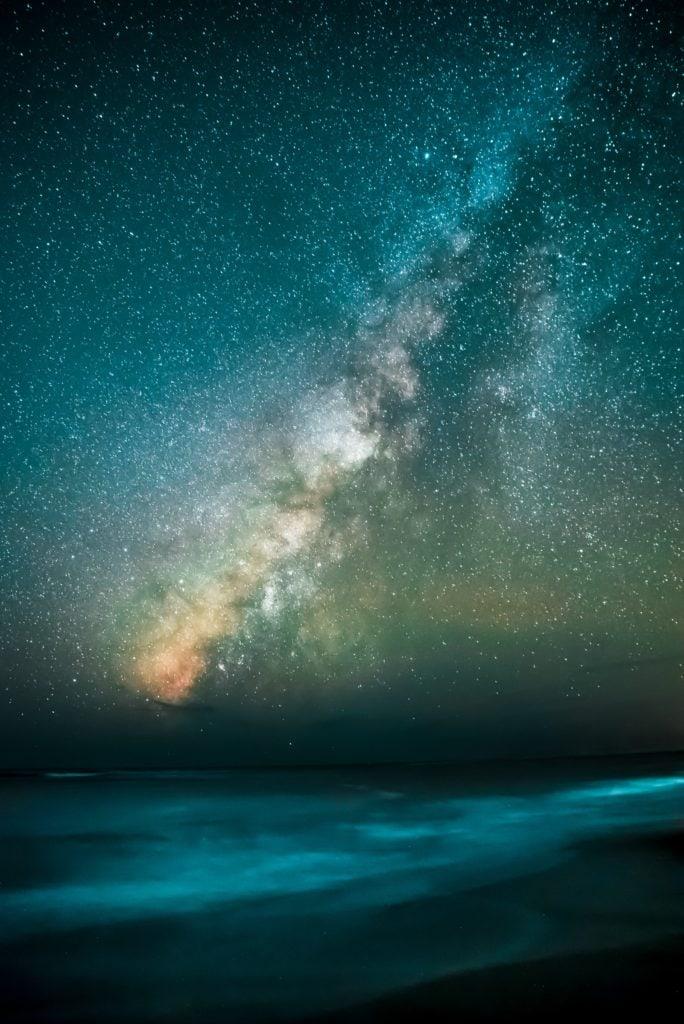 Paisaje nocturno de estrellas