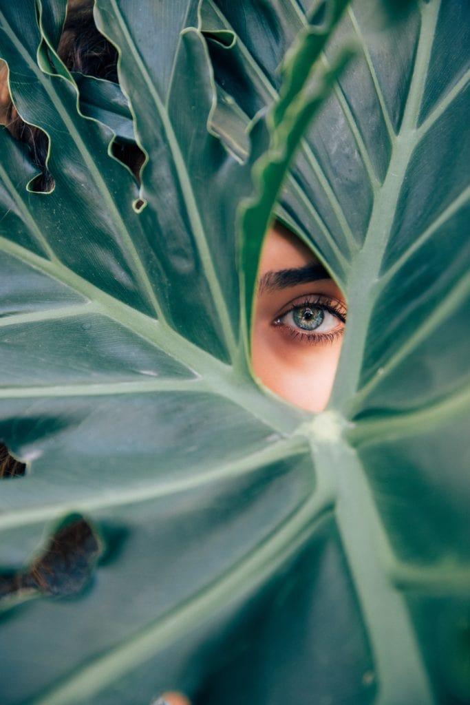 ojo enfoque mujer