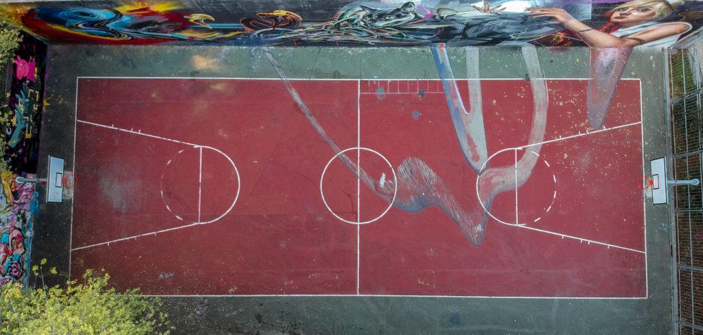 Cancha de baloncesto vista desde dron