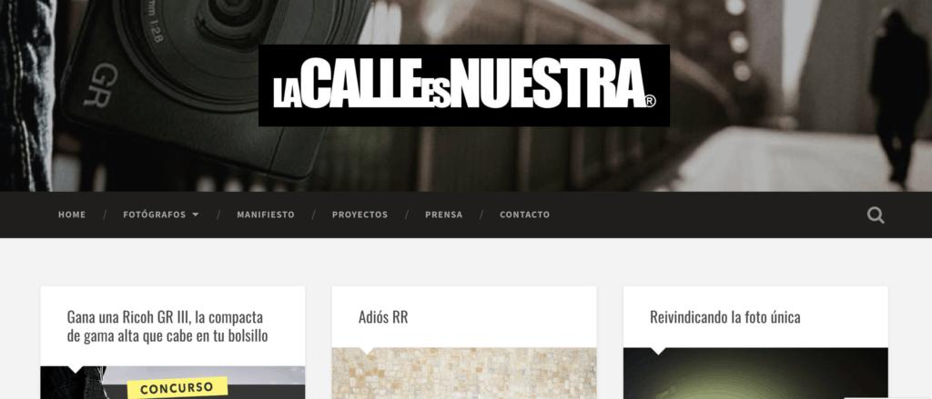 Captura de pantalla de la página de inicio de lcen (La calle es nuestra)