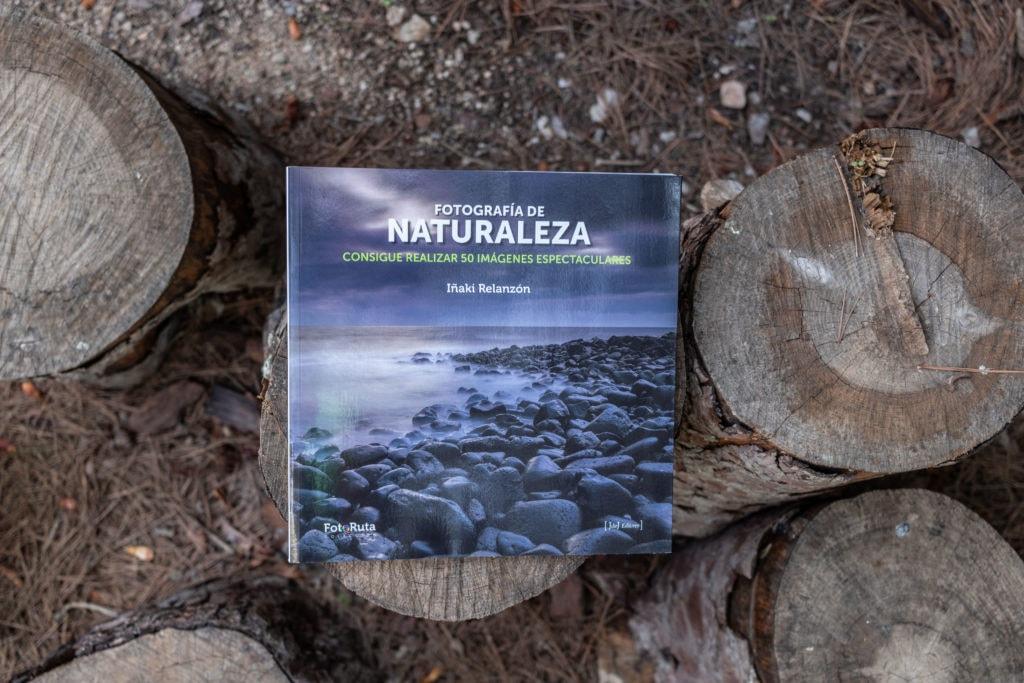 libro Fotografía de naturaleza sobre troncos de árboles