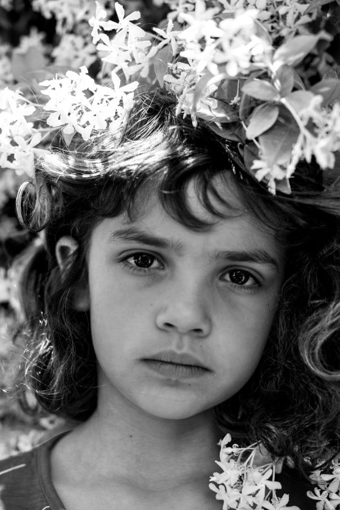 niña_flores