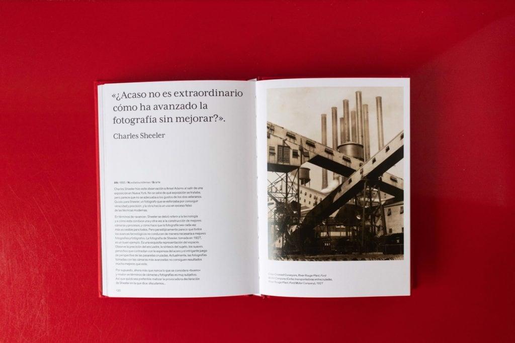 Ejemplo del interior del libro Los fotógrafos hablan sobre la fotografía