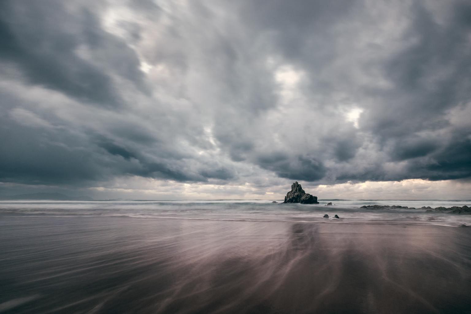 Paisaje marino con nubes