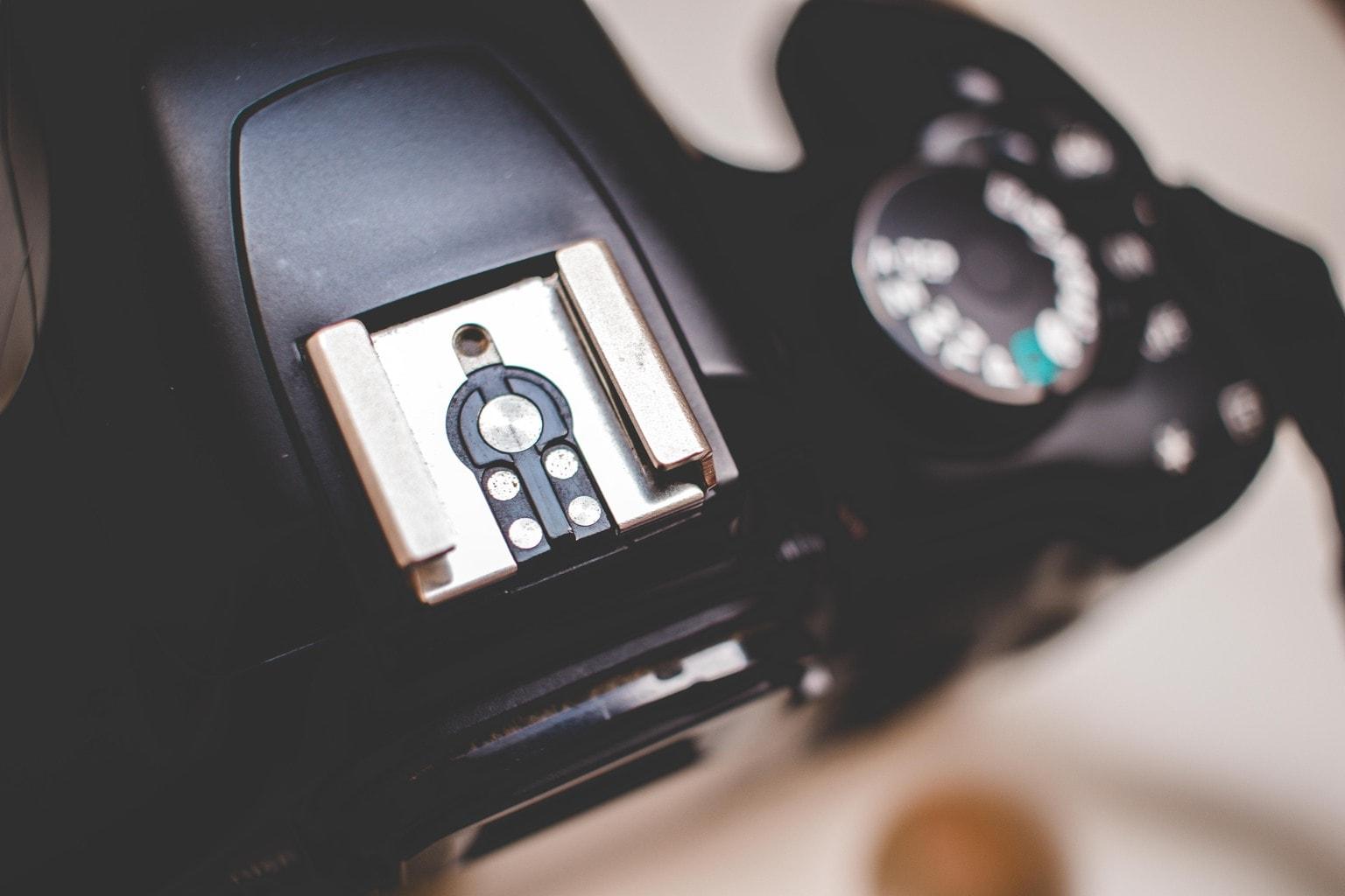 Zapata de flash de cámara réflex
