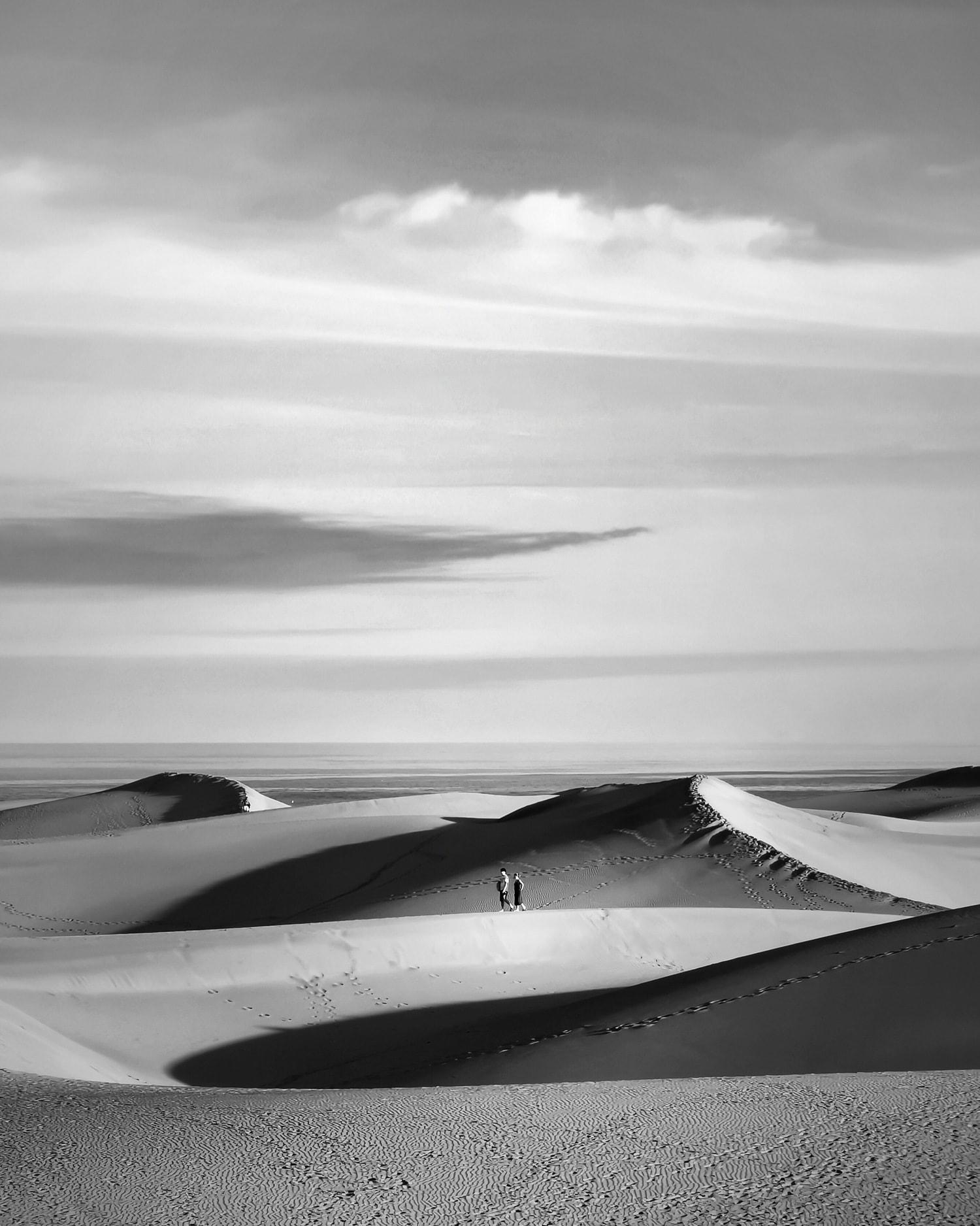 Dunas en blanco y negro fotografiadas con Huawei P30Pro