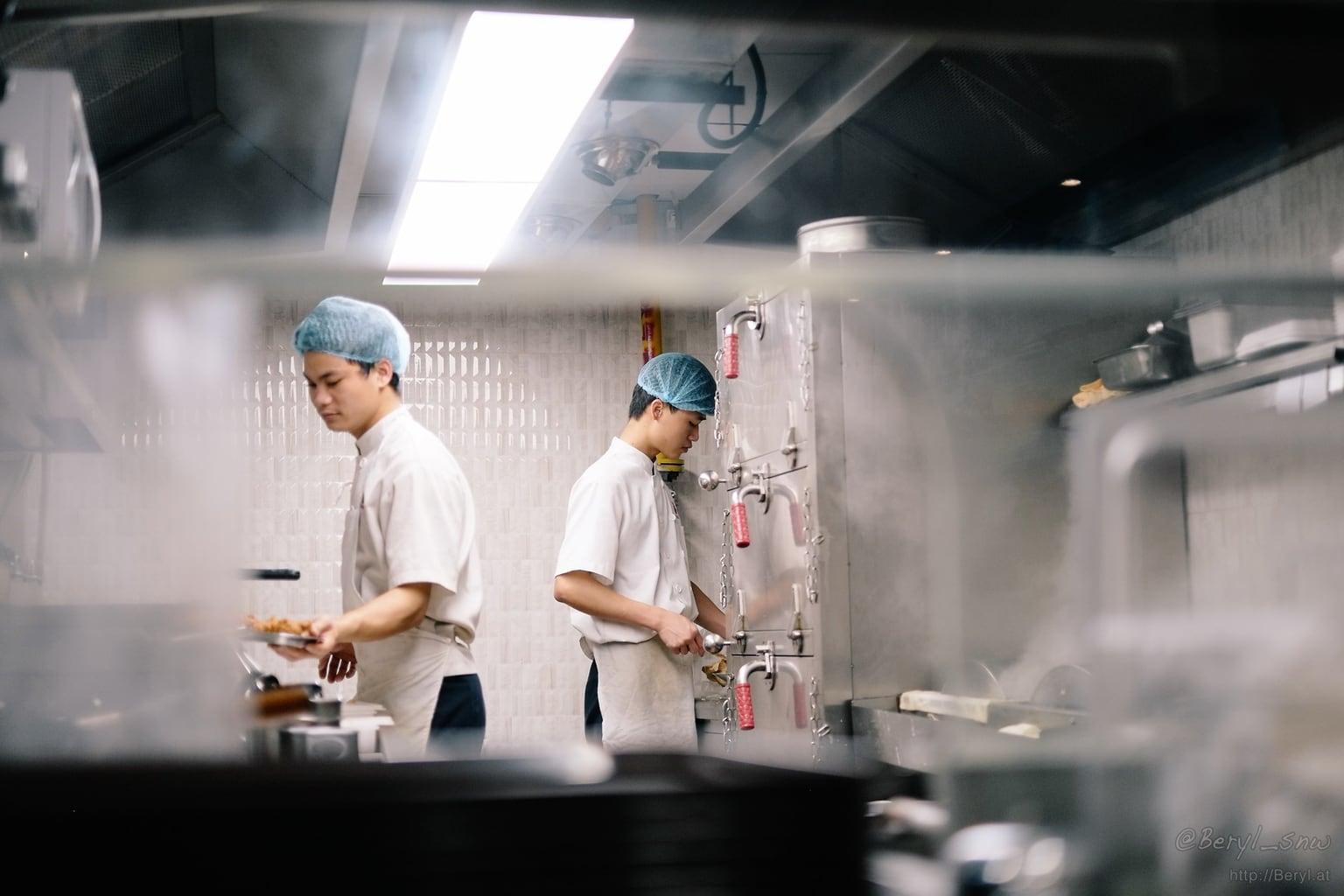 Cocineros fotografiados con fujifilm 35mm