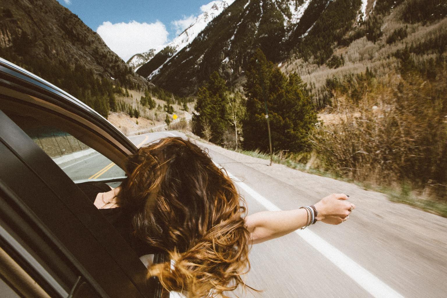 Fotografía de viajes entre montañas para fotoreto60