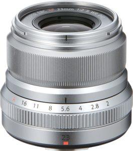objetivo plateado Fujinon XF 23mm f/2 R WR